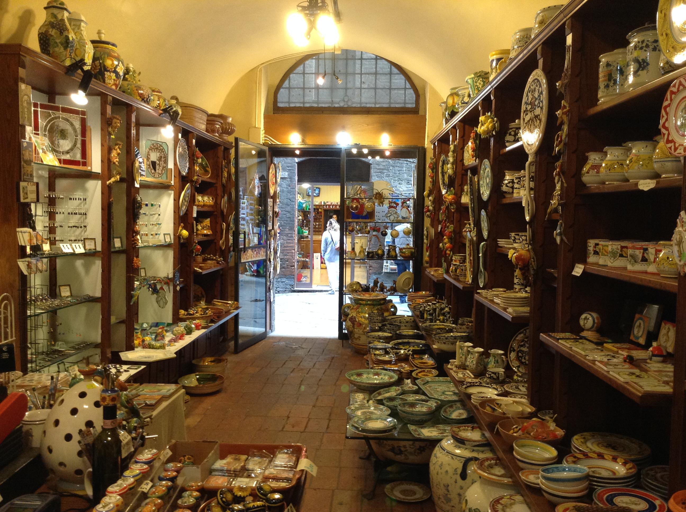 Arcaico Ceramics Shop